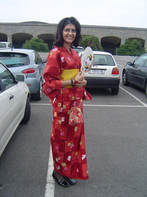 La costurera con su yukata