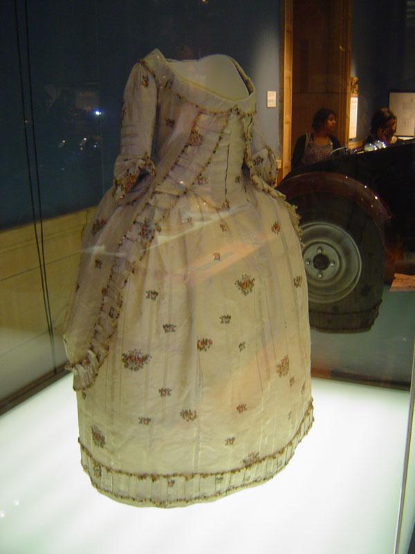 Vestido del siglo XVIII en el Kelvingrove Museum