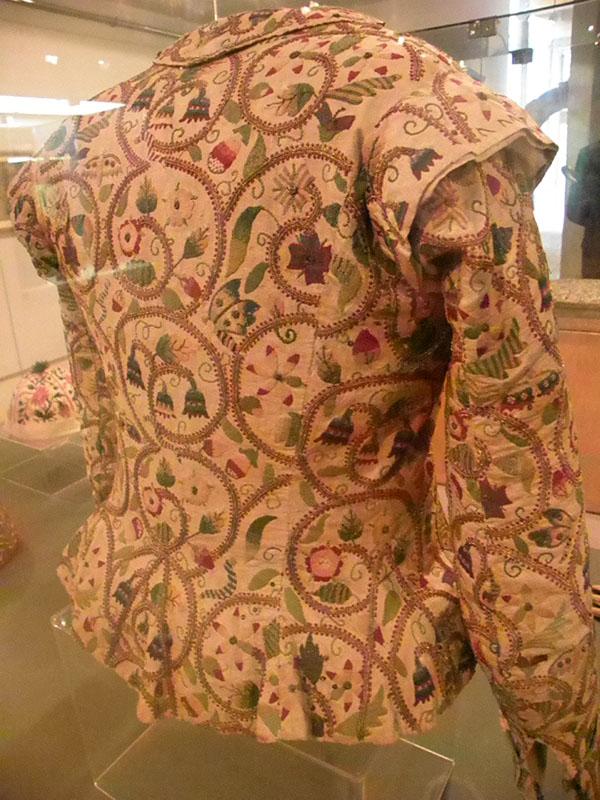 Chaqueta bordada del siglo XVII